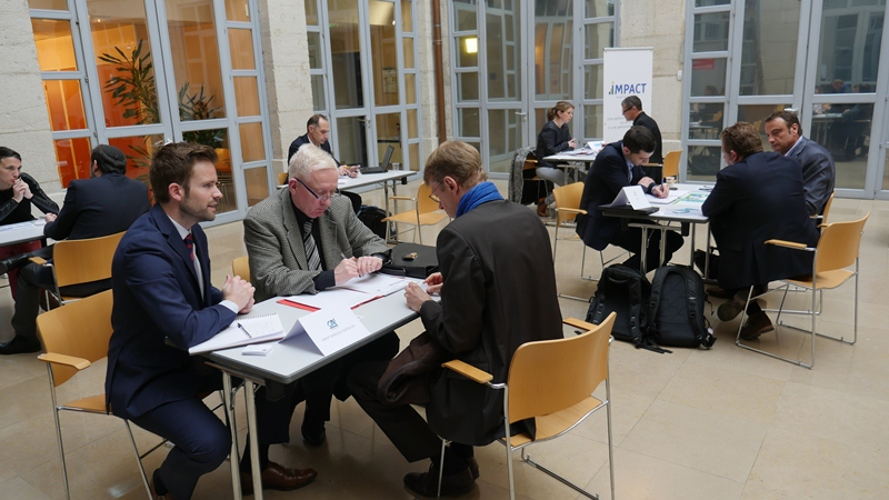 Speed-meeting entre entrepreneurs et acheteurs